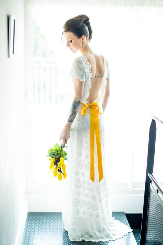 robe de mari e boh me en dentelle blanche et mousseline de. Black Bedroom Furniture Sets. Home Design Ideas