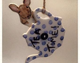 Alice in wonderland Door mouse with teapot