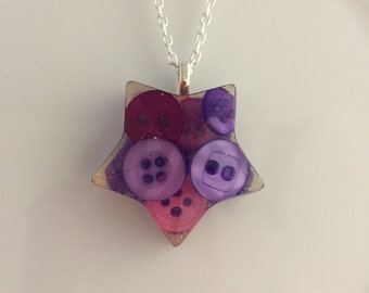 Beautiful resin pendant with gorgeous sparkles. Handmade in the UK by Under the Pink. https://www.facebook.com/underthepink