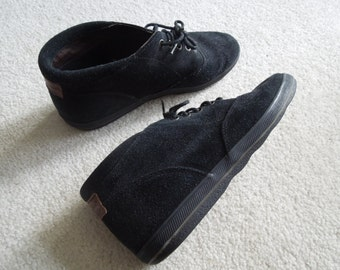 SALE 90s Bass Suede Black Sneaker Boots