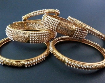 Beautiful set of 6 bangles with pearl and filigree design