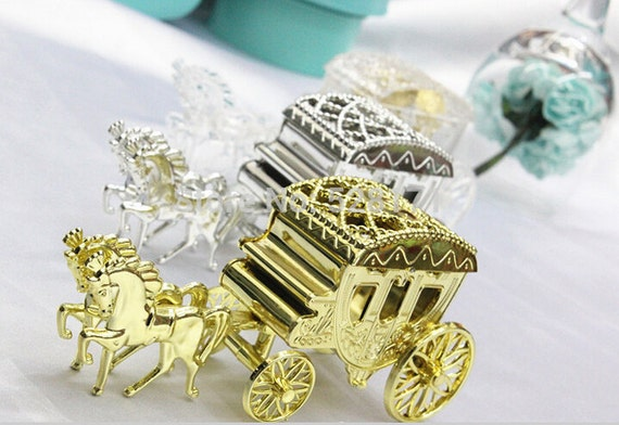 Gold or silver horse and carriage cake topper favors box