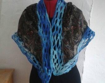Shawl/scarf with felt openwork edge.