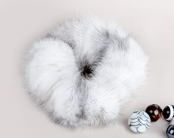 Natural Fur Saphirecross Scrunchy