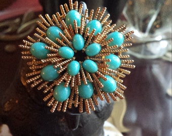 Vintage turquoise and gold brooch
