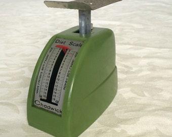 Vintage Diet Scale- pea green