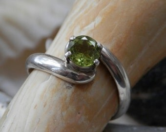Peridot & Silver Ring  8