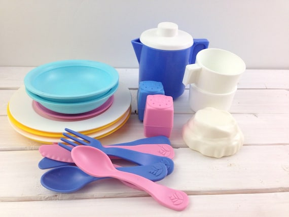Vintage fisher price fun with food assorted dishes lot - Cuisine bilingue fisher price ...