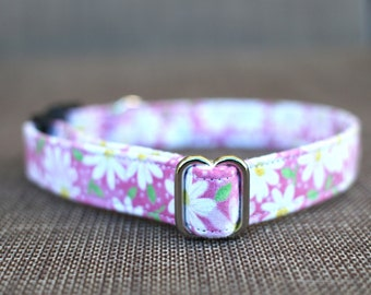 Daisy Collar | Female Dog Collar | Metal Buckle | Pet Collar | Small Dog Collar | Large Dog Collar | Gift for Dog Lovers