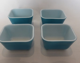 4 turquoise pyrex individual oven to tableware dishes - original from the 1960's
