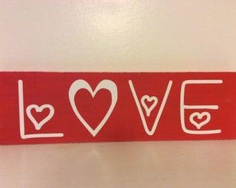 Love sign, Valentines Day decor, Home Decor, Home & Living, LOVE, Happy Valentine's Day