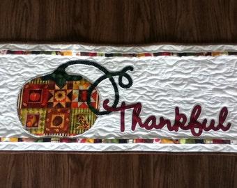 Thanksgiving Table Runner. Fall Table Runner.  Holiday Decor. Fall Decor. Thanksgiving Decor.