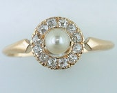 Vintage Antique .30ct Diamond & Pearl 14K Yellow Gold Victorian Cocktail Ring