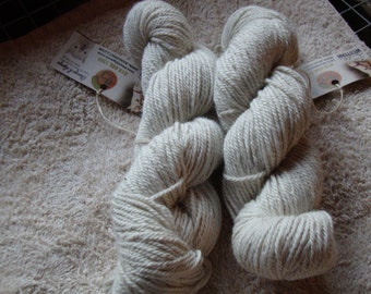 Thunder - Skein of wool of Alpacas - from our Alpacas Thunder - hypoallergenic - 140 g - color natural without dye