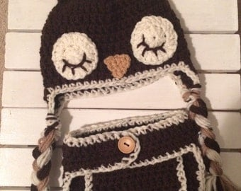 Crochet Owl newborn hat and diaper cover set in brown, tan and cream.