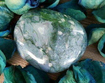 Moss Agate Power Stone, Large Tumble