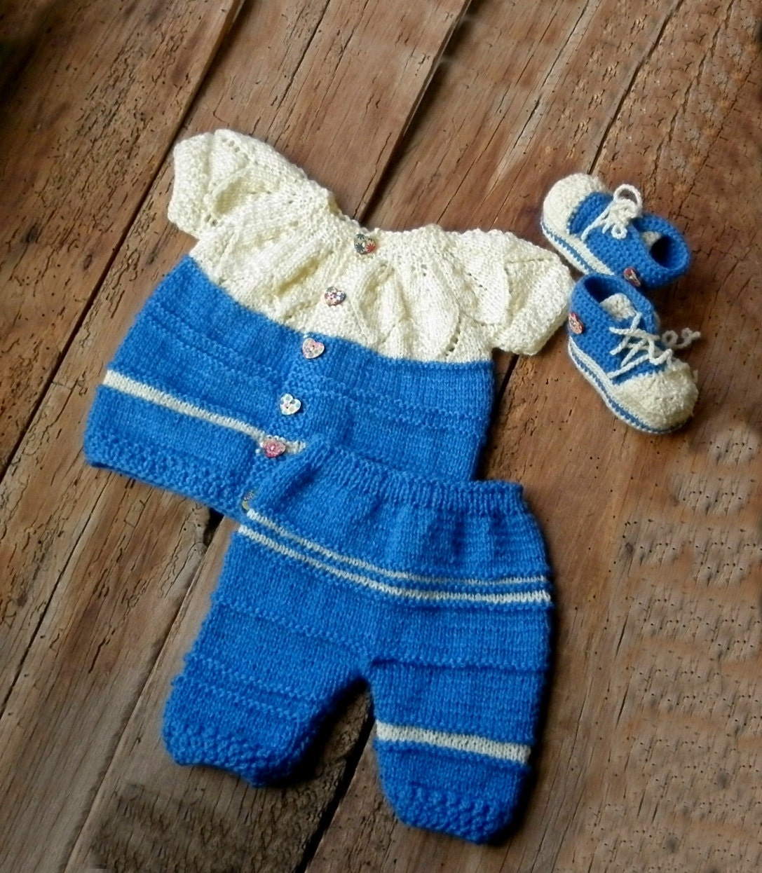 Hand knitted baby clothes Newborn girl blue set 7 8 pants