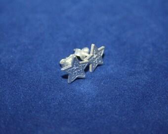 Stars Earrings Zoes logo