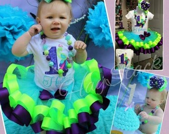 1st First Birthday Ribbon Tutu Smash Cake Chucky Necklace Onesie Appliqued/Embroidered set Chuncky Necklace Stacker Hairbow