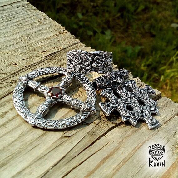 vegvisir pendentif boussole de viking vikings amulette. Black Bedroom Furniture Sets. Home Design Ideas
