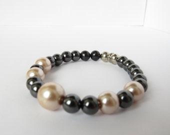 Pearl and Hematite Bracelet