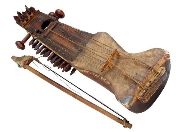 sarangi antique oriental instrument musical exotique indien
