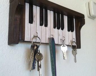 Piano key rack