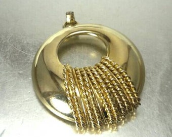 Vintage Gold Round Rope Pendant