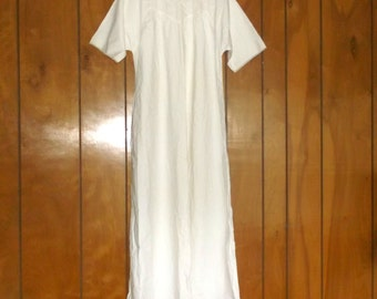 Vintage Simple White Dress Gown • shabby delight