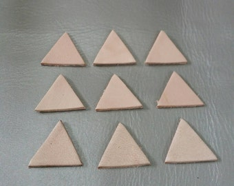 Leather Triangle, 20 mm.  30 mm., 50 pcs., Natural, Leather Triangle Die Cut, Vegetable Tanned Leather, DIY Projects.