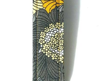 Gray/white/yellow/black floral/flower key fob/keychain/lanyard with metal hardware