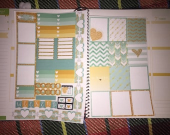 Mint/Gold Layout