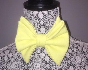 Vintage 1970's Yellow Adjustable Bow Tie