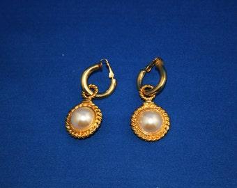 Vintage Faux Pearl Earrings Bride Bridesmaid wedding earrings