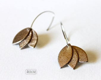 Petals Golden leather earrings