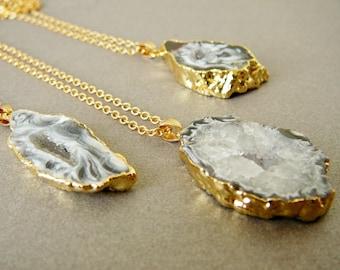 Agate Druzy Necklace Agate pendant Long Necklace Mineral Necklace Black Agate Necklace for women Necklace Gold Necklace Crystal pendant
