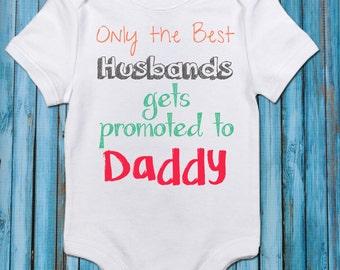 Pregnancy Reveal//Husband//Daddy//Baby One-Piece//Pregnancy announcement//onepiece//BodySuit//pregnancy announcement shirt,