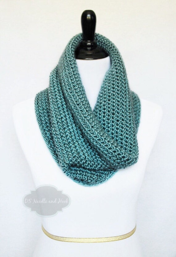 Green Crochet Scarf, Crochet Cowl, Teal Neck Warmer, Sea Green Infinity Scarf, Green Snood
