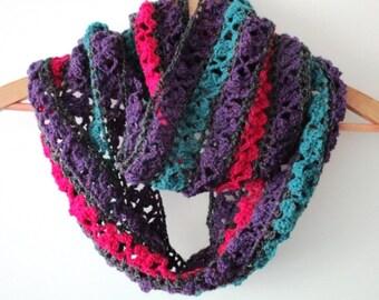 Crochet Infinity scarf, Handmade crochet scarf,Flower crochet scarf,winter crochet cowl, Crochet wrap, warm neckwarmer, stripe crochet scarf