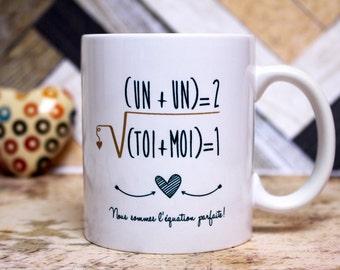 """Cadeau amoureux. Mug """"L'équation parfaite"""". Tasse personnalisable. Déclaration d'amour. Cadeau couple. Texte et graphisme by Piou créations"""