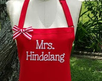 Mrs Hindelang Personalized apron ) Red and White embroidery apron -Teacher gift idea - Hostess gift idea - Women's apron - Gourmet apron .