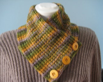 Buttoned scarflet/neckwarmer in golden yellow, greens and grey