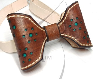 Walnut & Green Leather Bowtie