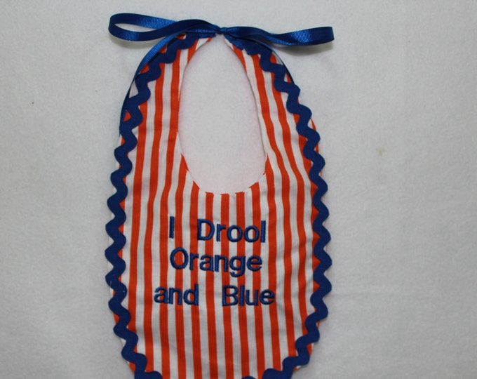 University of Florida baby bib, UF baby bib, Baby Gator bib, Orange and blue bib, Gator baby clothing,baby gator accessories, Florida Gators