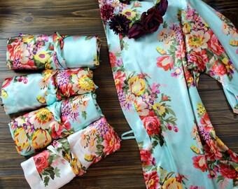 Floral Robe Set of 7- No Peacocks - Cheap - Bridesmaid Robes - Set of SEVEN- Gift Set - Satin Short Robe - Bridesmaid Robe set of 7