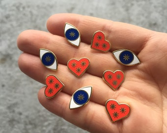 Clear Eyes, Full Hearts pin set