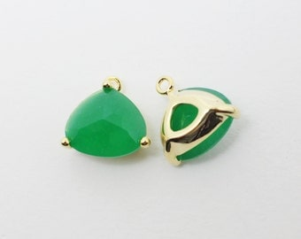 G002010/Palace Green Opal/Gold plated over brass/Triangle bezel glass Pendant/13x13mm/2pcs