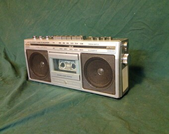 """Vintage GE General Electric AM/FM Cassette Boombox 3-5284A - Vintage Stereo Audio Electronics """"Ghetto Blaster"""""""