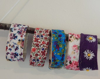 Fabric bracelets - Set of five