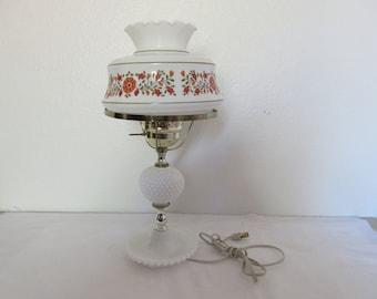 Stunning Vintage Milk Glass Lamp